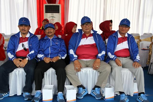 Komisaris Utama Mambang Mit (paling kanan) Rivaie Rahman Sarjono Amnan dan Afrial Abdullah saat pembukaan Porseni